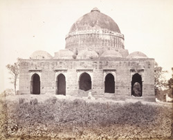 General view of Darya Khan's Tomb, Ahmadabad